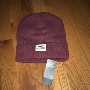 New with tags hollister beanie